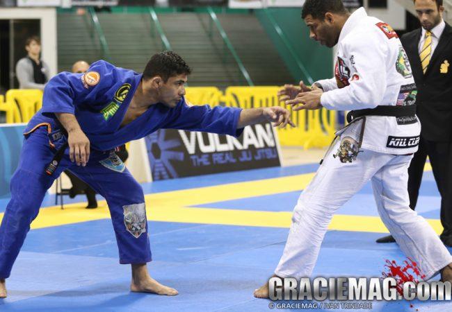 Long Beach BJJ Pro: Vitor Oliveira conta como finalizou Lapela e distribui lições