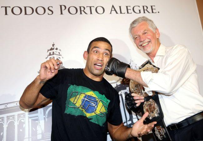 Com ingressos entre R$ 120 e R$ 800, vendas do UFC Porto Alegre começam hoje