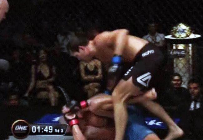 Vídeo: os golpes de Roger Gracie em sua vitória por nocaute no One FC 23