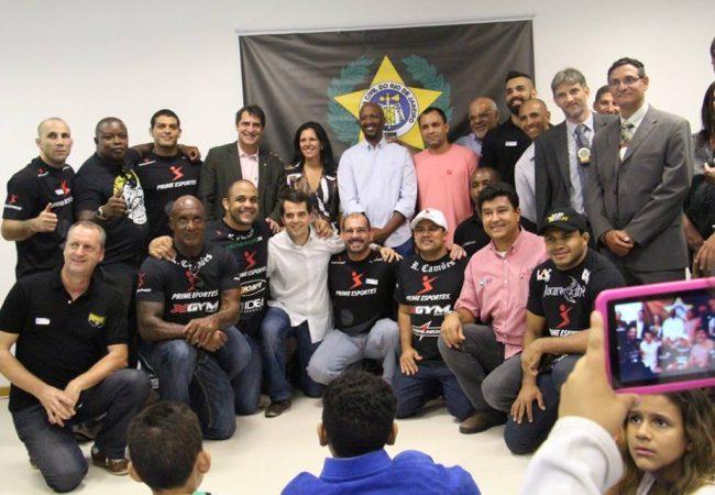 Polícia Civil do Rio inaugura centro de artes marciais com Rogerão Camões