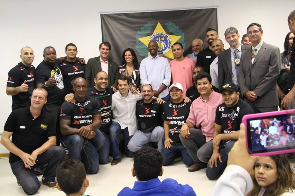 Autoridades e personalidades prestigiaram a inauguração. Foto: Divulgação