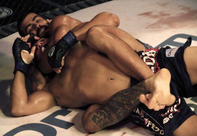 Katchal e Capoeira mantêm cinturões no Jungle Fight 75, em Belém