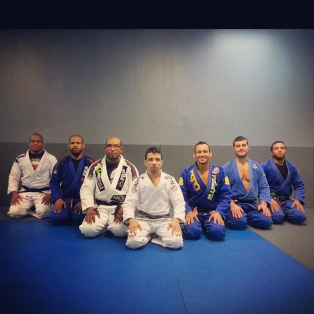 The black belts at the big seminar. Photo: Marcelo Pereira