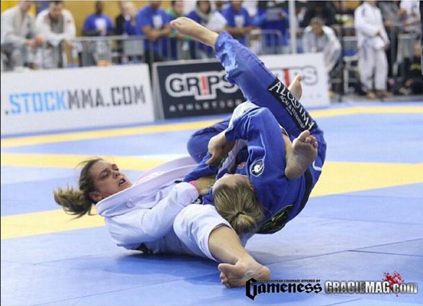 Mundial 2016: Gabi Garcia usa ritmo do MMA para brilhar no Jiu-Jitsu