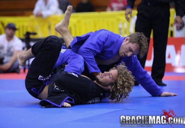 O duelo de raspagens entre Clark Gracie e Magid Hage no US National Pro