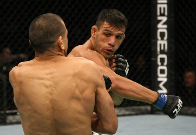 """Dos Anjos e o cinturão do UFC: """"Um cara criativo como Pettis não pode lutar solto"""""""