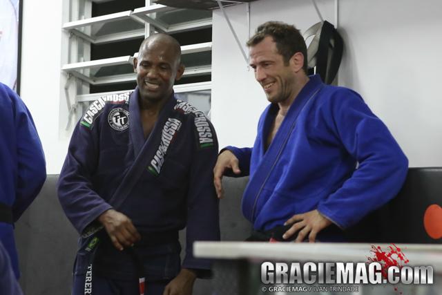 Uma raspagem exclusiva ao estilo Eduardo Telles no Jiu-Jitsu