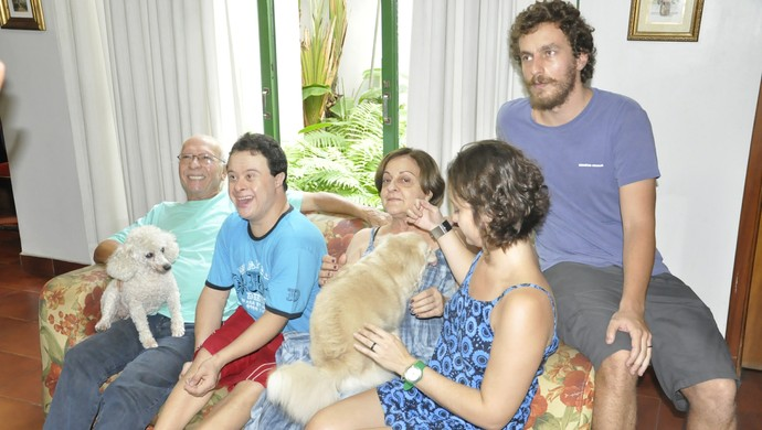 Fabricio Galvão and his family: example of persistence (Photo: Robson Boamorte)