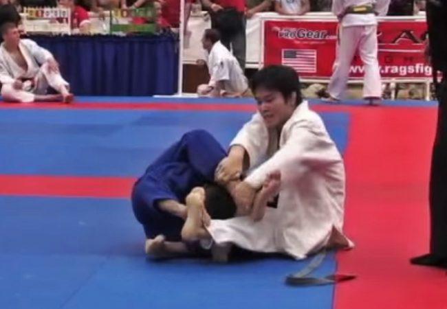 Vídeo: Confira uma diferente finalização que deu certo no torneio de Jiu-Jitsu