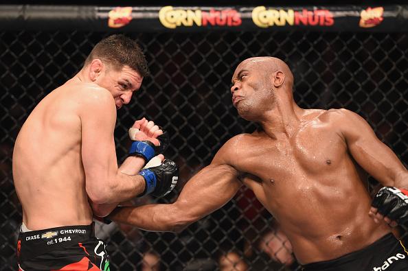 """""""Anderson Silva não pode ser tratado como vilão"""", diz o especialista. Foto: Josh Hedges/Zuffa LLC via Getty Images"""