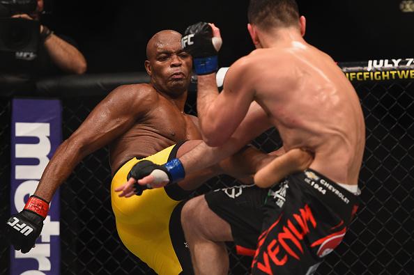 Anderson Silva comenta o delicado caso de doping que sacudiu o mundo do MMA. Foto: Josh Hedges/Zuffa LLC via Getty Images