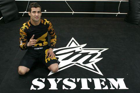 Vídeo: Um dia de Jiu-Jitsu na academia CM System, com Cristiano Marcello