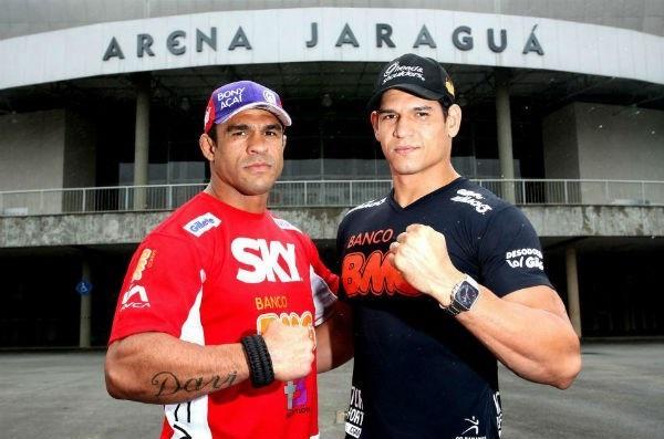 Vitor Belfort e Cezar Mutante juntos para o UFC em Jaraguá, no ano passado. Foto: Divulgação/Inovafoto