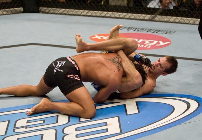 """Jiu-Jitsu: O bote do triângulo de Cole """"Magrinho"""" Miller no UFC"""