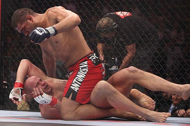 Vídeo: O dia em que Pezão usou o Jiu-Jitsu para vencer o lendário Fedor no MMA