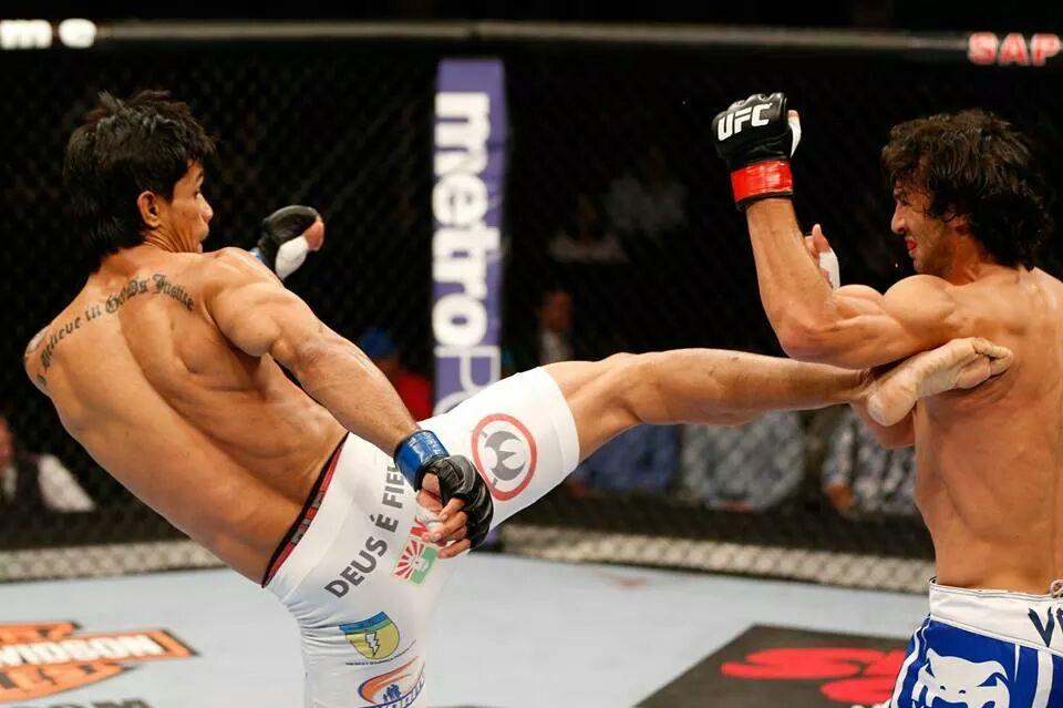 Trator está invicto a dez lutas no MMA. Foto: Josh Hedges/Zuffa LLC via Getty Images