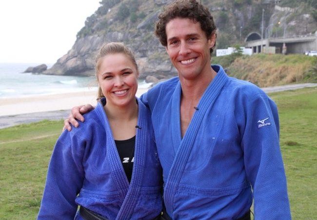 Do baú: Ronda Rousey e Flávio Canto ensinam quedas para melhorar seu Jiu-Jitsu