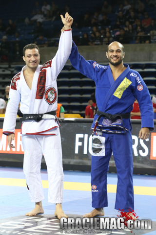 Former roommates in São Paulo, Nogueira and Bernardo Faria returned to the routine of closing the superheavy division. Photo by Ivan Trindade/GRACIEMAG