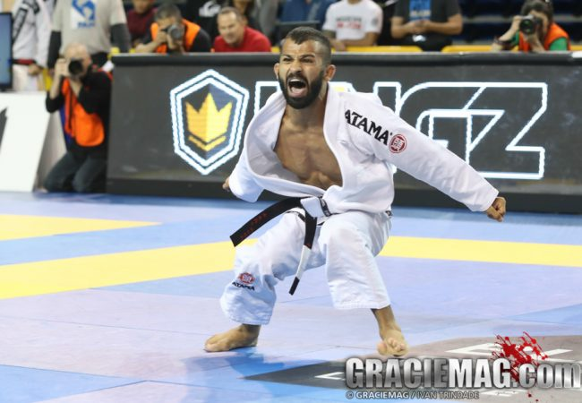 Study Bruno Malfacine's sweep with armbar at the Pan