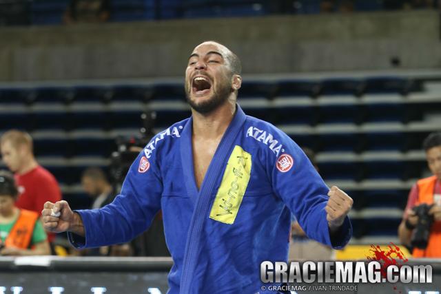 2015 Pan: Bernardo Faria, Gabi Garcia control black belt open class; other results