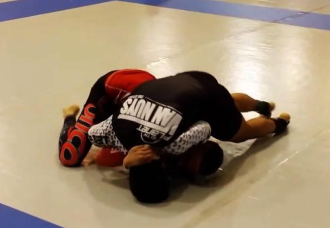 Jiu-Jitsu: Um rápido estrangulamento que botou o adversário pra dormir