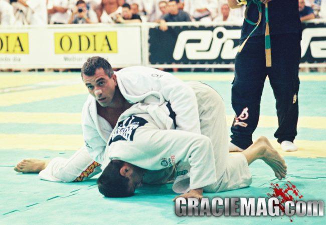 """O manifesto """"old school"""": como treinar Jiu-Jitsu ao estilo samurai, com mais adrenalina e menos firulas"""