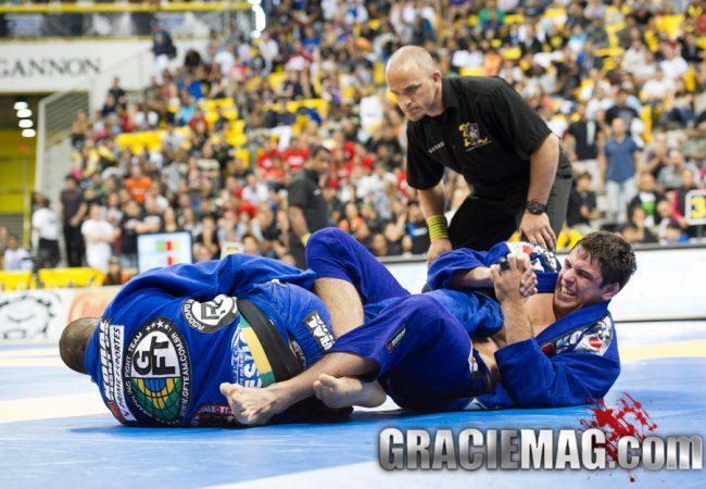 Qual o momento certo de ensinar os ataques de perna no Jiu-Jitsu?