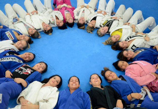 GMI: Uma aula de Jiu-Jitsu só para mulheres, e de graça, em Santa Catarina