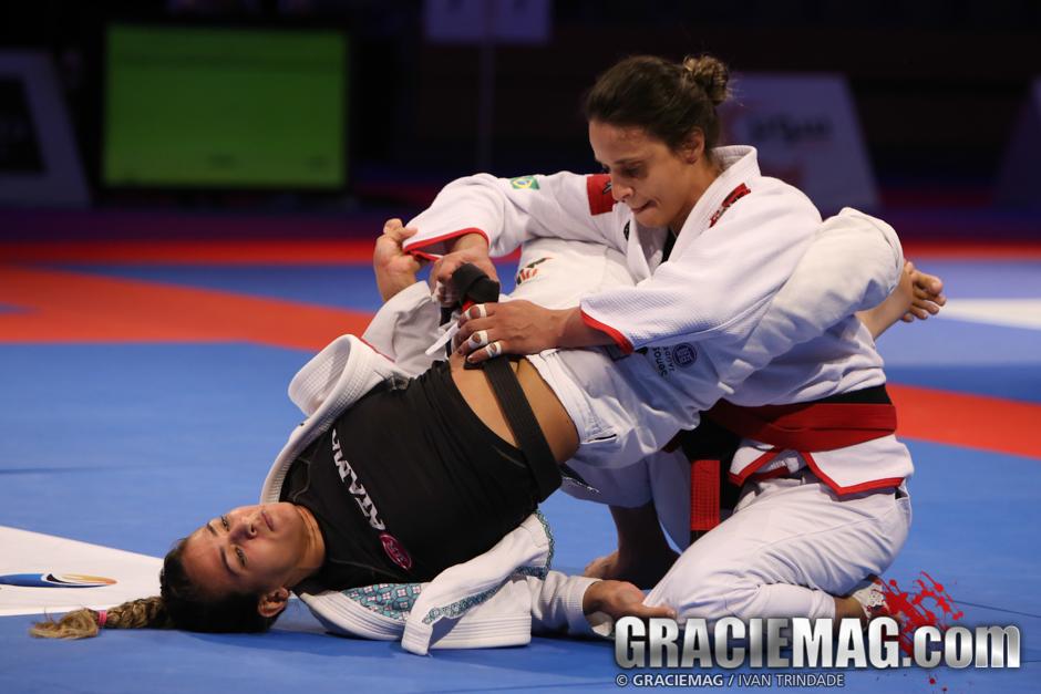 Vanessa vs. Bia at the 2015 WPJJC black belt open class semifinal