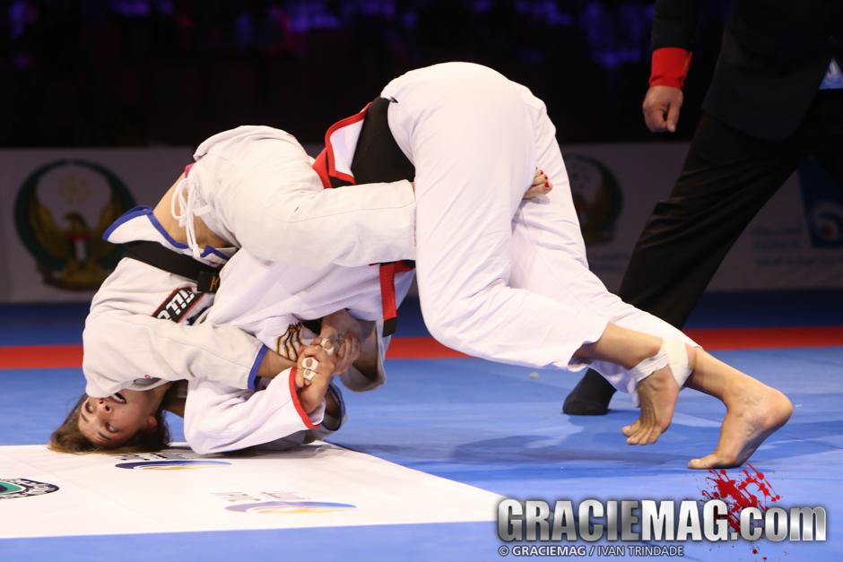 Mackenzie Dern vs. Vanessa Oliveira at the 2015 WPJJC open class final