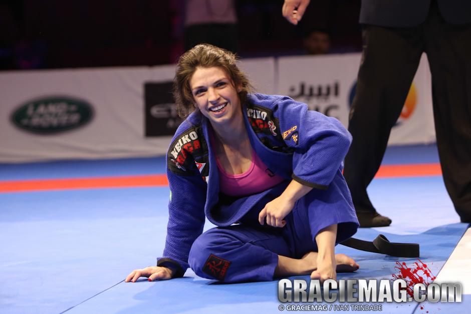 55kg: Mackenzie Dern vs. Michelle Nicolini