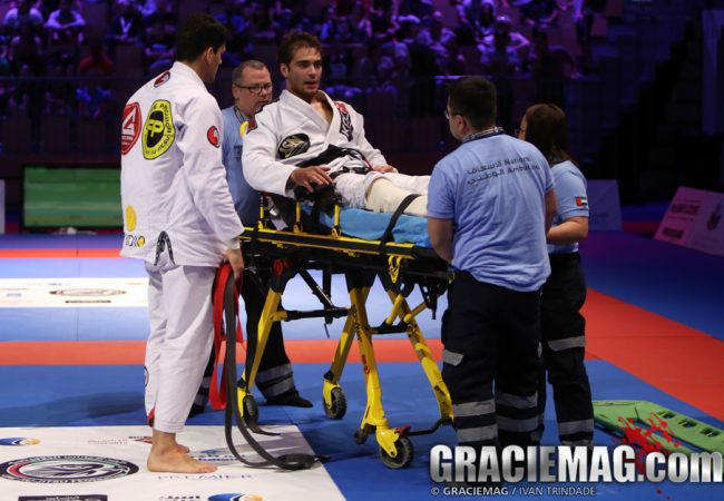 Luiz Panza's surgery to fix broken leg goes well; should return to training in 3 to 6 months