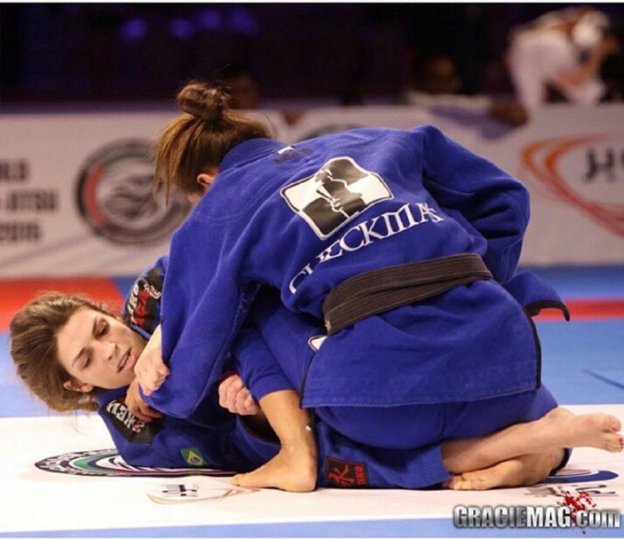 Mackenzie Dern venceu Nicolini em Abu Dhabi