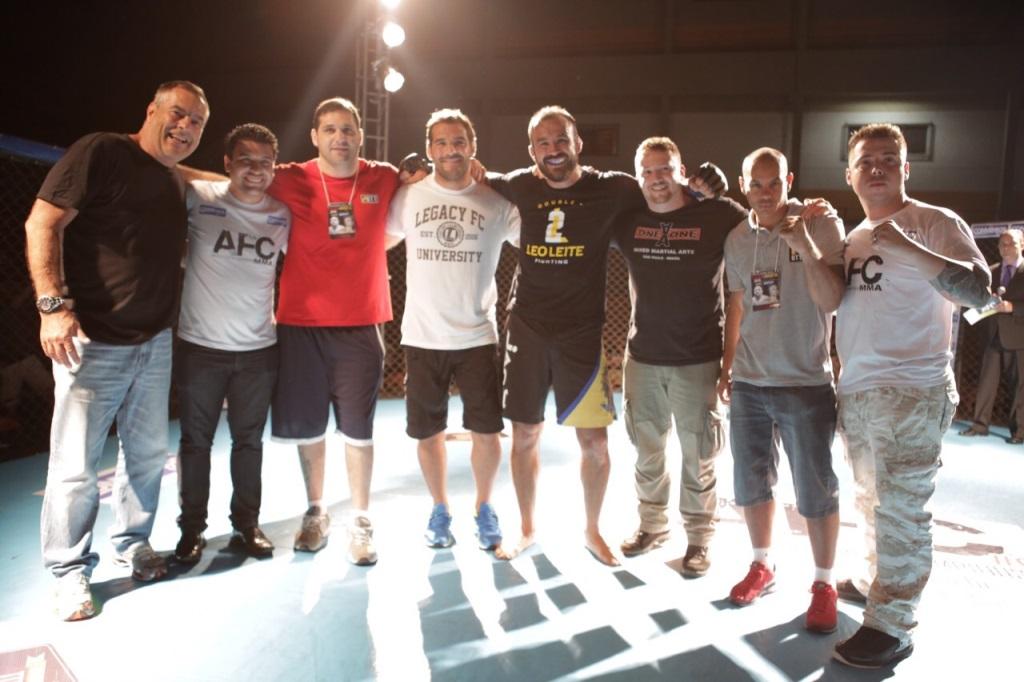 Sandro Leite e equipe no AFC 3 em Pirassununga. Foto Bernardo Mantuano
