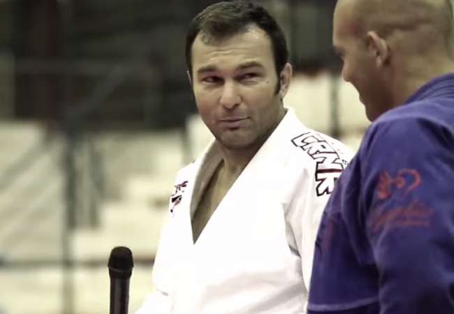 Walter Cascão teaches seminar for 230 people in Brazil
