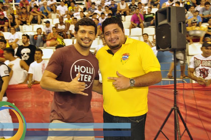 Adriano Martins, faixa-preta de Jiu-Jitsu e atleta do UFC, esteve presente no torneio. Foto:Antônio Lima/Mauro Smith