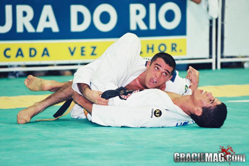 Royler Gracie vs Leo Santos