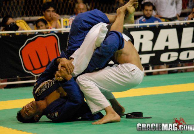 Enquete: quem para você foi o maior peso-pena da história dos Mundiais de Jiu-Jitsu?