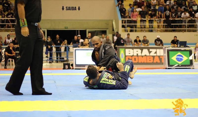 Erberth Santos é o novo campeão absoluto do Brasileiro. Foto: Marco Aurélio/Arena JJ