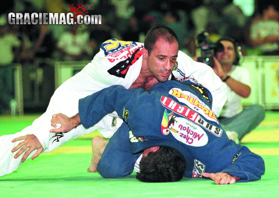 Gigi rumo à medalha de ouro no Mundial de 1999. Foto: Gustavo Aragão/GRACIEMAG