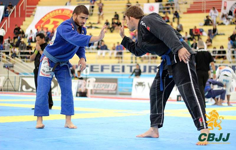 Gustavo foi o destaque da faixa-azul. Foto: Marco Aurélio Ferreira/Arena Jiu-Jitsu