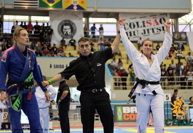 O detalhe da lapela do GMI Rodrigo Totti para você finalizar bonito no Jiu-Jitsu