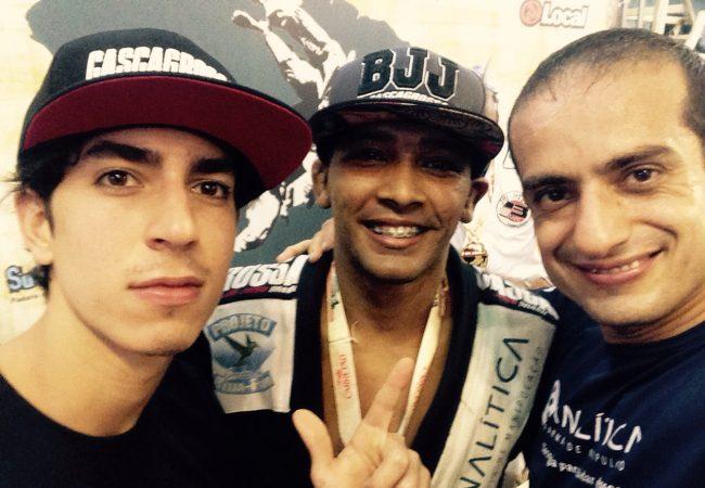 Escola de samba Beija-Flor também envia lutador para Mundial 2015