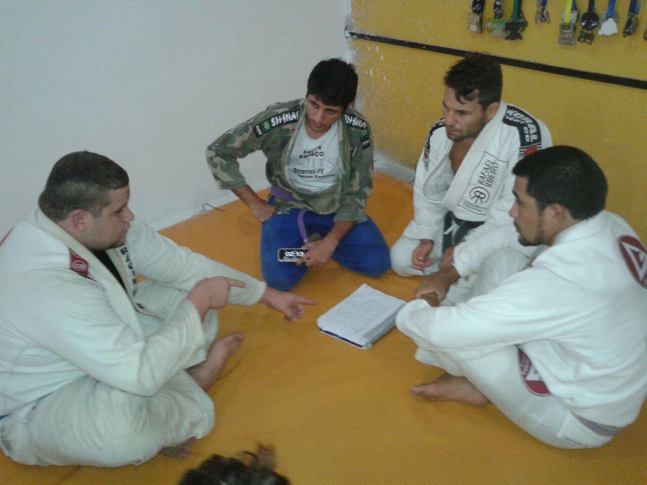 Rafael Ribeiro GMI na Bahia da dicas de preparacao fisica para turbinar o gas do lutador de Jiu Jitsu Foto Divulgacao