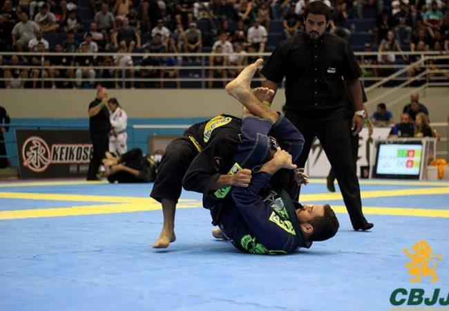 Brasileiro de Jiu-Jitsu 2015: o triângulo mortal de Renato Cardoso