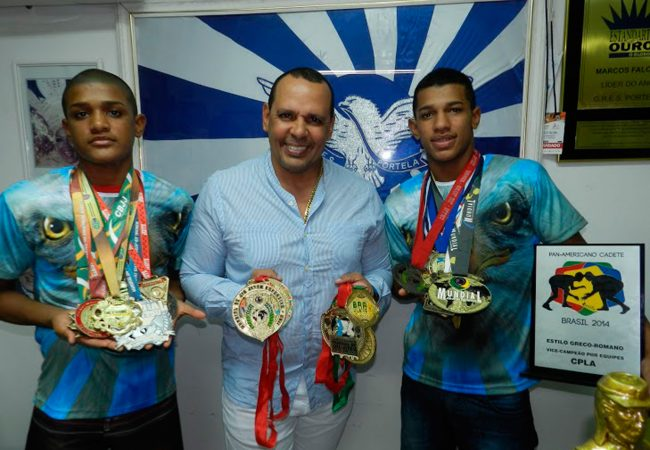 Escola de samba Portela é campeã no Jiu-Jitsu e apoia atleta do Mundial 2015