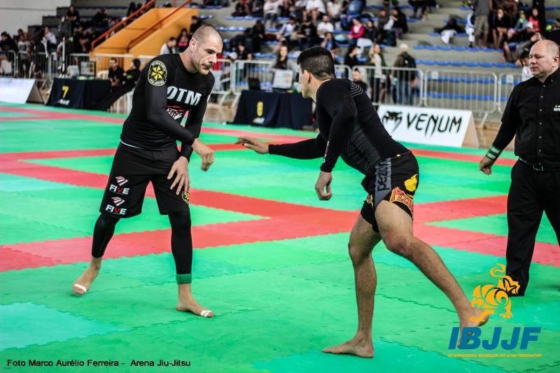 Rafael Lovato também venceu o torneio sem kimono. Foto: Marco Aurélio/Arena Jiu-Jitsu