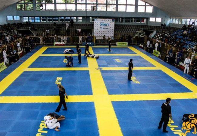 Rio Open de Jiu-Jitsu tem início com absolutos da faixa-azul e roxa