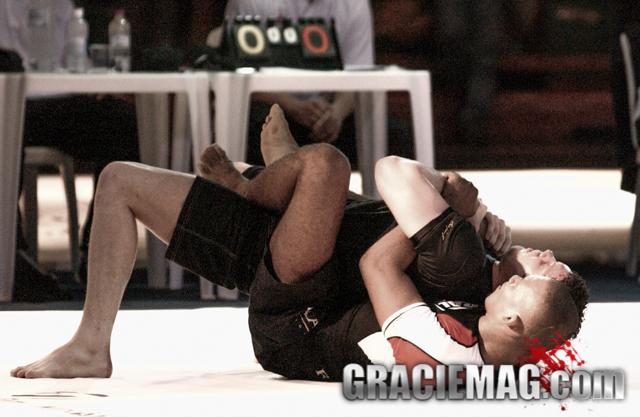 Ronaldo Jacaré vs. Ricardo Cachorrão at the 2003 ADCC. Photo by Gustavo Aragão