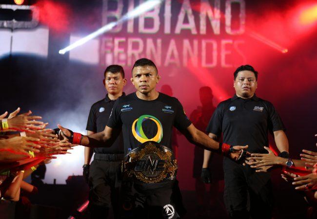 One FC 29: o nocaute do faixa-preta de Jiu-Jitsu Bibiano Fernandes